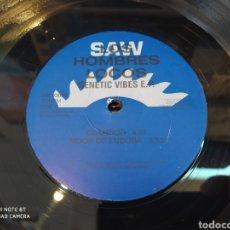 Discos de vinilo: LOS HOMBRES LOCOS -GENETIC VIBES E.P. VINYL, 12 , 33 ⅓ RPM, EP. 1993. TECHNO. Lote 247288135