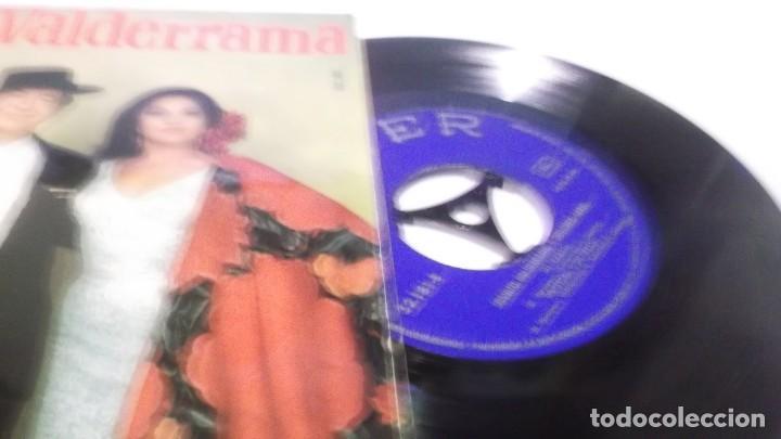 Discos de vinilo: JUANITO VALDERRAMA - DOLORES ABRIL / MI PESETA + 3 (EP.BELTER 1968) - Foto 2 - 247450740