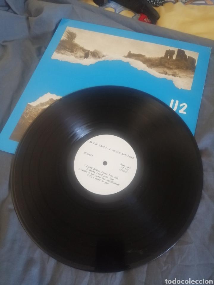 Discos de vinilo: U2 - IN THE HANDS OF DESIRE AND LOVE. (LIVE) - Foto 3 - 247541565