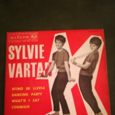 Disques de vinyle: DISCO EP SYLVIE VARTAN. Lote 247779600
