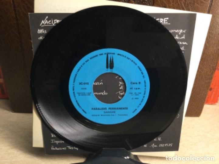 Discos de vinilo: PARALISIS PERMANENTE --NACIDOS PARA DOMINAR SANGRE- TRES CIPRESES- MADRID- 1983 - ( 45 R.P.M.) - Foto 6 - 247804410