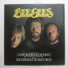 Discos de vinilo: MAXI-SINGLE - BEE GEES - THE WOMAN IN YOU / SATURDAY NIGHT MIX - RSO - 1983. Lote 248427340