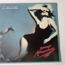 Disques de vinyle: SCORPIONS LP SAVAGE AMUSEMENT + ENCARTE 1988. Lote 248933475