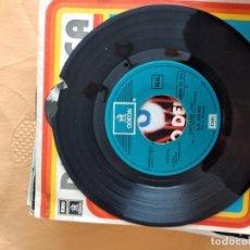 Discos de vinilo: B-5 DISCO VINILO 7 PULGADAS DISCOTECA D. D. SOUND DISCO ROTO. Lote 249175970