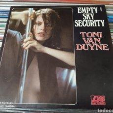 Discos de vinilo: TONI VAN DUYNE–EMPTY SKY SECURITY . SINGLE VINILO 1977. PERFECTO ESTADO.. Lote 250142405