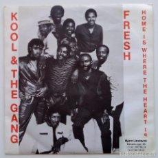Discos de vinilo: KOOL & THE GANG – FRESH / HOME IS WHERE THE HEART IS FINLAND,1984 POLARVOX OY. Lote 251331190