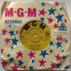 Dischi in vinile: MARVIN RAINWATER. WHOLE LOTTA WOMAN/ BABY DON'T GO. MGM, UK 1958 SINGLE. Lote 251432745