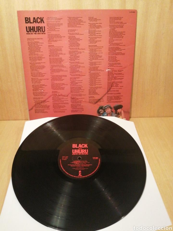 Discos de vinilo: Black Uhuru. Red. Edición UK. - Foto 2 - 251697165