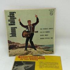Discos de vinilo: EP JOHNNY HALLYDAY EDITADO EN ESPAÑA TES TENDRES ANNEES/ELL EST TERRIBLE/POUPEE BRISEE/MASHED POTATO. Lote 251848255