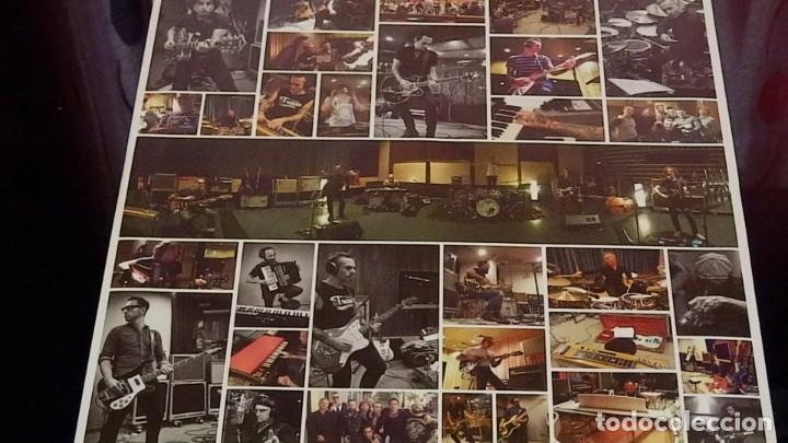 Discos de vinilo: LOQUILLO * VINILO 180g + CD * VIENTO DEL ESTE * PRECINTADO - Foto 9 - 267909394