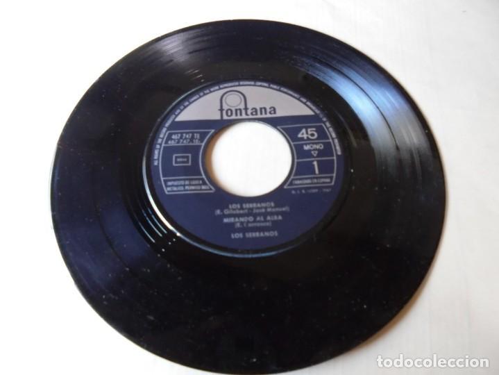 SINGLE LOS SERRANO,MIRANDO AL ALBA,VIVAN SUS LINDAS MUJERES,SON GITANERIAS,1963,SOLO SINGLE (Música - Discos - Singles Vinilo - Flamenco, Canción española y Cuplé)