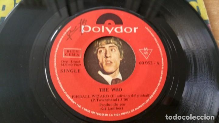 Discos de vinilo: Single THE WHO PINBALL WIZARD DOGS PART II POLYDOR AÑO 1969 FIRMADO DALTREY ? - Foto 5 - 252658315