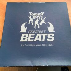 Disques de vinyle: TOMMY BOY (GREATEST BEATS FIRST FIFTEEN YEARS 1981 - 1996) 4 X LP BOX (AT). Lote 253154695