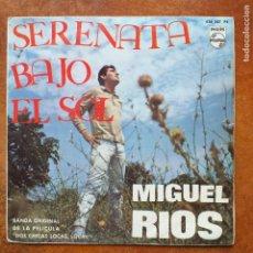 Discos de vinilo: MIGUEL RIOS - SERENATA BAJO EL SOL (SG) 1964 DE LA PELICULA DOS CHICAS LOCAS LOCAS. Lote 253621485