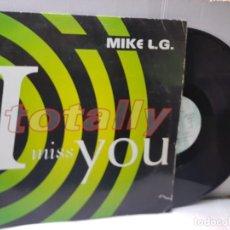Discos de vinilo: MAXI SINGLE-MIKE L.G.-I TOTALLY MISS YOU- EN FUNDA ORIGINAL 1994. Lote 253948590