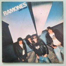 Disques de vinyle: LP RAMONES - LEAVE HOME 1977. Lote 253972625