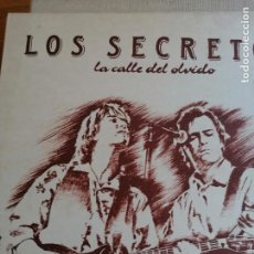 Discos de vinilo: LOS SECRETOS (LA CALLE DEL OLVIDO) LP ESPAÑA 1989. Lote 254123945
