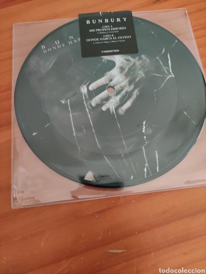 BUNBURY. PICTURE DISC. MIS PROPIOS ERRORES/ DONDE HABITA EL OLVIDO (Música - Discos - Singles Vinilo - Grupos Españoles de los 90 a la actualidad)