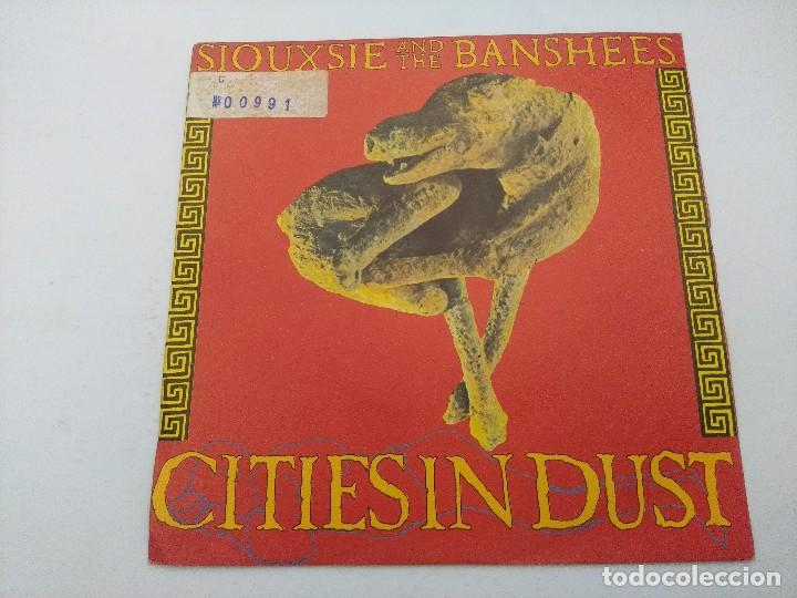 SIOUXSIE AND THE BANSHEES/CITIESIN DUST/SINGLE PUNK. (Música - Discos - Singles Vinilo - Punk - Hard Core)