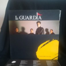 Discos de vinilo: LP LA GUARDIA - CUANDO BRILLE EL SOL, ESPAÑA 1990, INSERT, IMPECABLE ESTADO. Lote 254580710