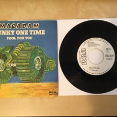 "Discos de vinilo: MACADAM - FUNKY ONE TIME - PROMO RADIO SINGLE 7"" - 1979 SPAIN RCA. Lote 254581785"