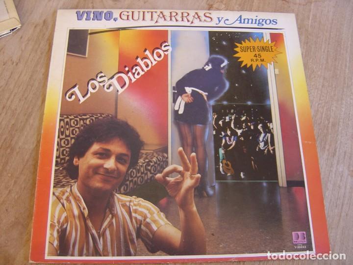 Discos de vinilo: LOS DIABLOS. -VINO, GUITARRAS Y AMIGOS- 1983. PROBADO - Foto 2 - 254623630