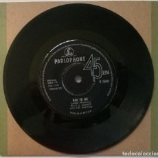 Discos de vinilo: BILLY & KRAMER WITH THE DAKOTAS. BAD TO ME/ I CALL YOUR NAME. PARLOPHONE, UK 1963 SINGLE. Lote 254638670
