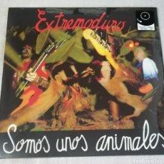 Discos de vinilo: DISCO VINILO + CD EXTREMODURO-SOMOS UNOS ANIMALES.. Lote 254780660