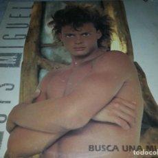 Discos de vinilo: LUIS MIGUEL-BUSCA UNA MUJER-CONTIENE ENCARTE. Lote 255005840