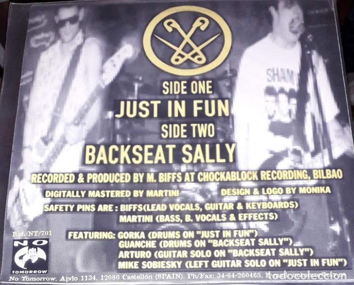 "Discos de vinilo: SINGLE 7"" 45 RPM - SAFETY PINS ""Just In Fun""/""Backseat Sally"" (Bilbo Punk Rock.1998.NO TOMORROWrecs) - Foto 2 - 255314355"
