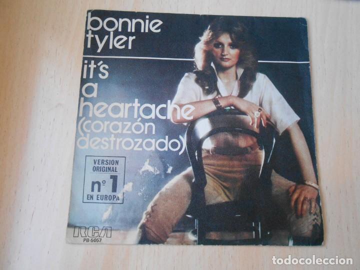 BONNIE TYLER, SG, IT´S A HERTACHE (CORAZON DESTROZADO) + 1 , AÑO 1977 (Música - Discos - Singles Vinilo - Pop - Rock - Internacional de los 70)