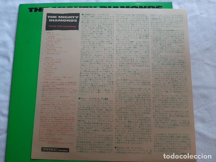 Discos de vinilo: THE MIGHTY DIAMONDS -PASS THE KOUCHIE- (1984) LP DISCO VINILO - Foto 5 - 255349060