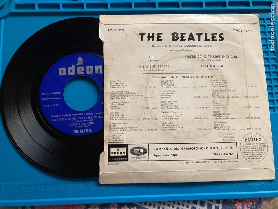 Discos de vinilo: THE BEATLES - HELP / THE NIGHT BEFORE + TRES TEMAS EMI ODEON - 1965 Single - Foto 2 - 255551940