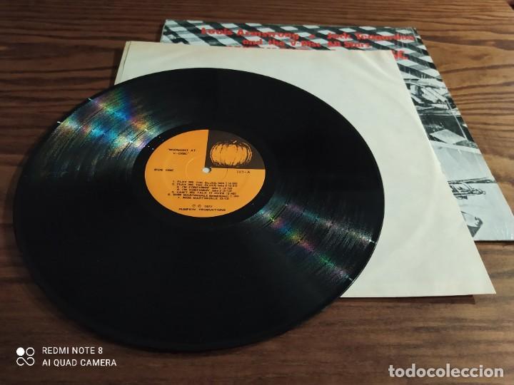 Discos de vinilo: RARO disco LP de vinilo Louis Armstrong MIDNIGHT AT V-DISC, Jack Teagarden and The V-Disc All Stars - Foto 3 - 257317595