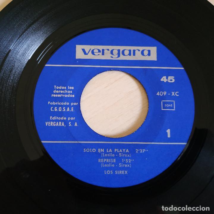 Discos de vinilo: LOS SIREX - OLVIDAME / SOLO EN LA PLAYA / YO GRITO / REPRISE - RARO EP VERGARA DEL AÑO 1966 - Foto 3 - 257486555