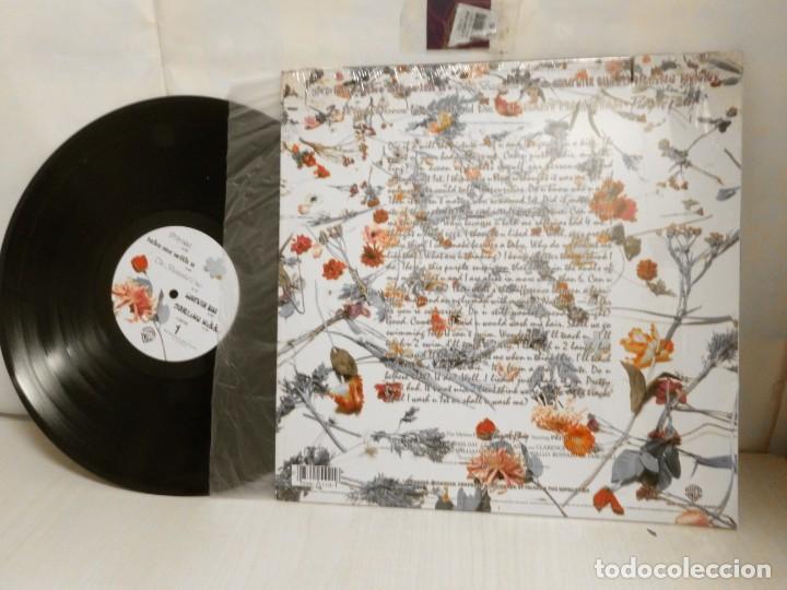 Discos de vinilo: PRINCE --AND THE REVOLUTION AROUND THE WOR IN DAY -1984--U.S.--BROS RECORDS- - Foto 5 - 257584215