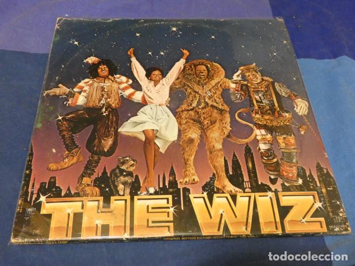DOBLE LP USA 78 BUEN ESTADO GENERAL CON POSTER MICHAEL JACKSON DEL DIARREICO FILM THE WIZ (Música - Discos - LP Vinilo - Pop - Rock - Internacional de los 70)