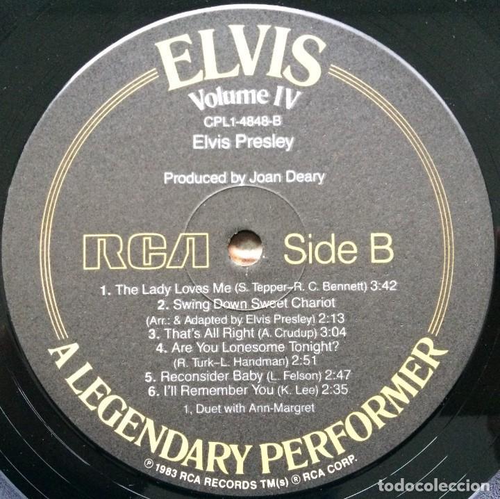 Discos de vinilo: Elvis Presley – A Legendary Performer - Volume 4 USA,1983 RCA - Foto 13 - 1310955