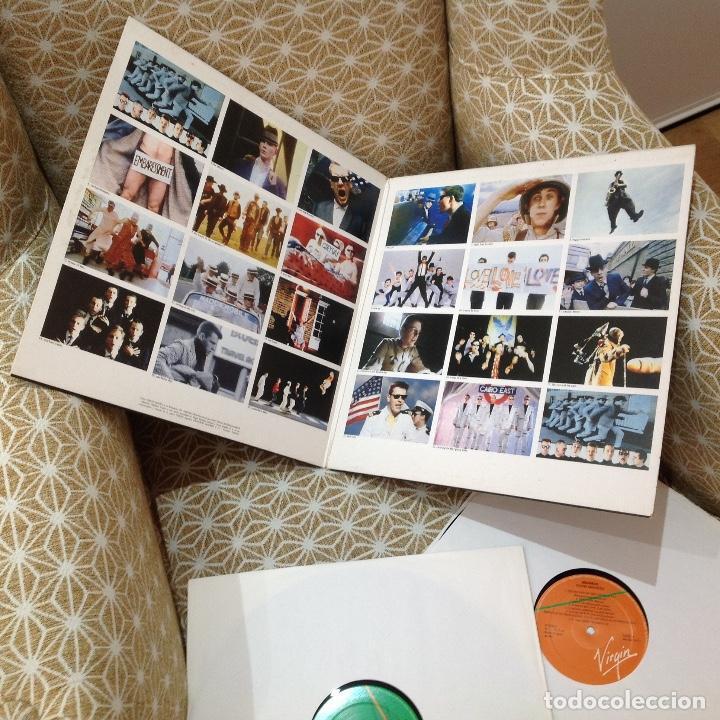Discos de vinilo: MADNESS / DIVINE MADNESS / GATEFOLD / DOBLE ALBUM / VIRGIN 1992 EDICION ESPAÑOLA - Foto 3 - 257928890