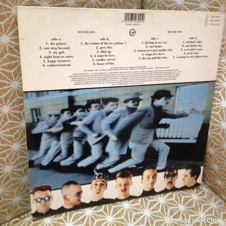 Discos de vinilo: MADNESS / DIVINE MADNESS / GATEFOLD / DOBLE ALBUM / VIRGIN 1992 EDICION ESPAÑOLA - Foto 4 - 257928890