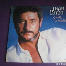 Discos de vinilo: JUAN PARDO – CABALLO DE BATALLA - DOBLE LP HISPAVOX 1983 - DIBUJO DE COSTUS EN EL INTERIOR -. Lote 278408793