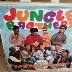 Discos de vinilo: JUNGLE BROTHERS - DOIN' OUR OWN DANG - MAXI-SINGLE 45 - 1990 ETERNAL. Lote 258187955