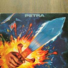 "Discos de vinilo: PETRA "" ON FIRE "". EDICIÓN UK. 1988. STAR SONG RECORDS.. Lote 260450100"