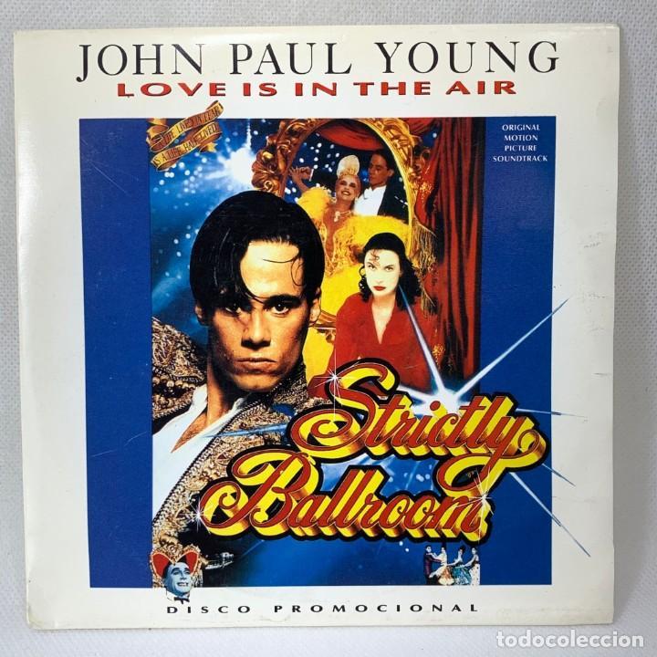 SINGLE JOHN PAUL YOUNG - LOVE IS IN THE AIR - ESPAÑA - AÑO 1992 (Música - Discos - Singles Vinilo - Pop - Rock Internacional de los 90 a la actualidad)
