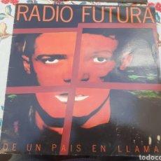 Discos de vinilo: LP DE RADIO FUTURA DE UN PAÍS EN LLAMAS. Lote 260802350