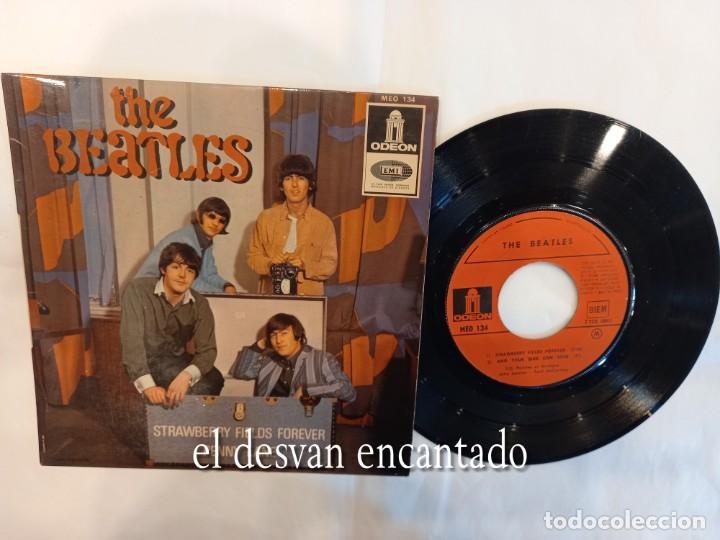 THE BEATLES. EP FRANCÉS. STRAWBERRY FIELDS FOREVER-AND YOUR BIRD CAN SING-PENNY LANE-.... (Música - Discos de Vinilo - EPs - Pop - Rock Internacional de los 50 y 60)