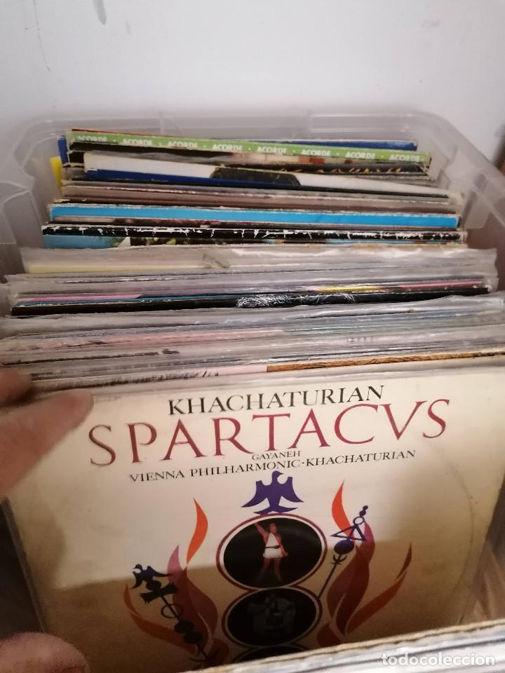 Discos de vinilo: gran caja de discos lote de 105 discos varios estilos todos LP - Foto 10 - 261105850