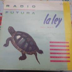 Discos de vinilo: LP DE RADIO FUTURA LA LEY DEL MAR. Lote 261244815