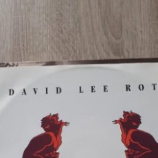 Discos de vinilo: DAVID LEE ROTH A LIL, AIN,T ENOUGH 3 TEMAS MAXI. Lote 261278710