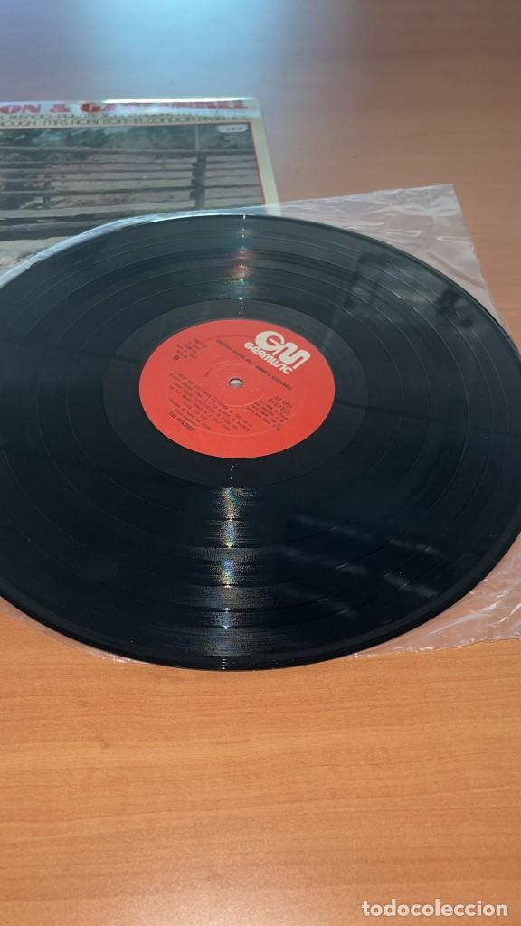 Discos de vinilo: VINILO The Nissung - Grandes Exitos de Simon y Garfunkel - GraMusic GM-712 - 1978 - Foto 8 - 166800070